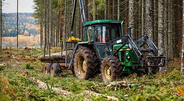 skogsmaskin.jpg